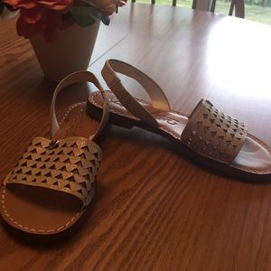 Beautiful leather sandals by Brighton size 6